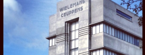 WIELS is one of Lieux sauvegardés par Jeroen.