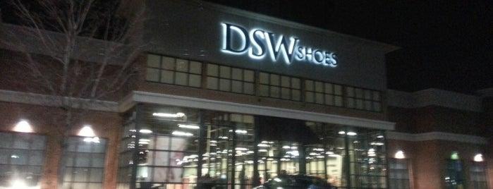 DSW Designer Shoe Warehouse is one of Dawn'ın Beğendiği Mekanlar.