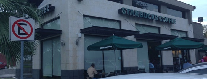 Starbucks is one of Locais curtidos por Mafer.