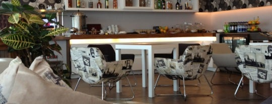 Business Lounge (GYD) is one of Airport Lounges.