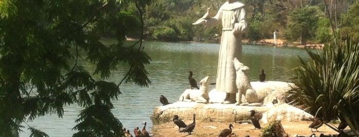 Fundação Parque Zoológico de São Paulo is one of Férias.