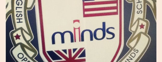 Minds English School is one of Tempat yang Disimpan Aline.