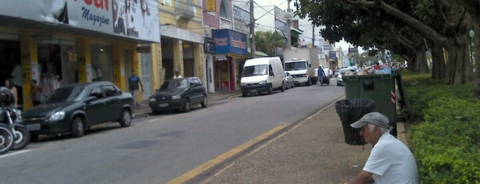 Rua Floriano Peixoto is one of mara.