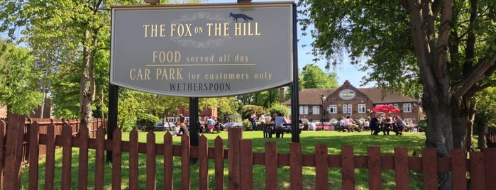 The Fox on the Hill (Wetherspoon) is one of Lieux qui ont plu à Barry.