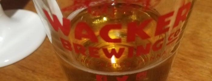 Wacker Brewing is one of Lugares favoritos de Chrissy.