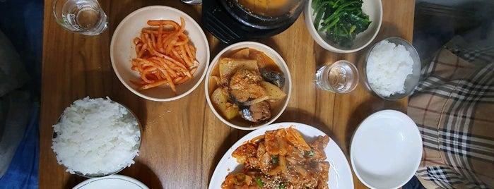 광주식당 is one of Lieux qui ont plu à Dewy.