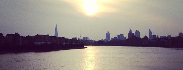 Canary Riverside is one of London4.