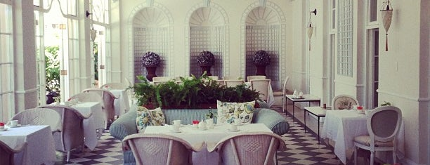 Belmond Mount Nelson Hotel is one of Locais curtidos por Aptraveler.