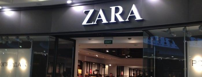 Zara is one of Locais curtidos por Illia.