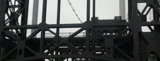Lincoln Highway Passaic River Bridge is one of Georgie 님이 좋아한 장소.