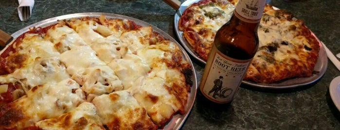 Beggars Pizza is one of Posti che sono piaciuti a Jack.
