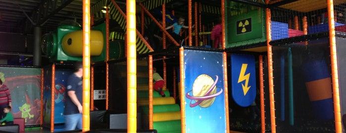 playport Indoorspielplatz is one of Lugares favoritos de Christian.