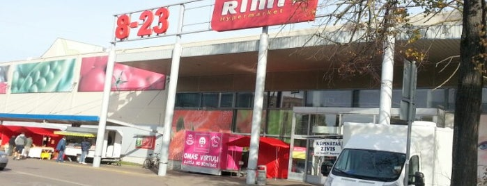 Rimi Hipermārkets [Brieža] is one of Lugares favoritos de v.