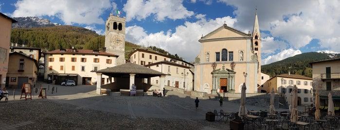 Piazza Del Querc is one of Posti che sono piaciuti a Mik.