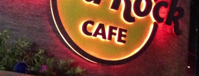 Hard Rock Cafe Hyderabad is one of สถานที่ที่ Catarina ถูกใจ.