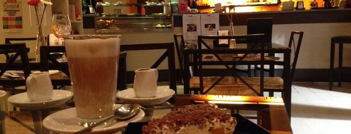 Luna's Torta is one of Il Piacere del The.