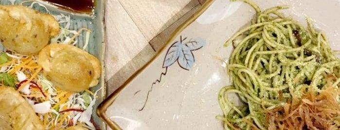 Simple Life Signature is one of Oksanaさんのお気に入りスポット.