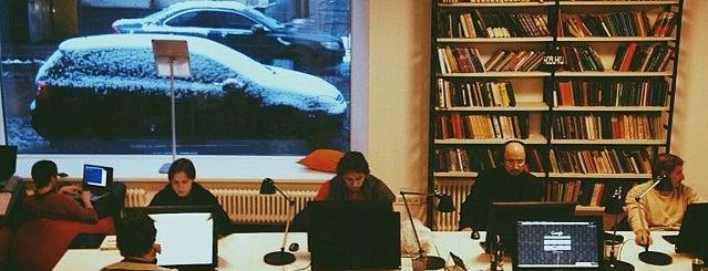Библиотека им. Ф. М. Достоевского is one of Когда буду дома.