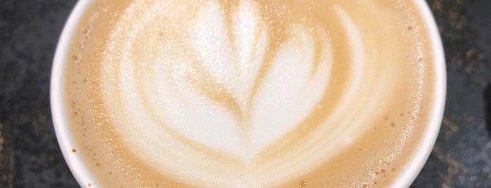 Dwell Coffee and Nosh is one of Batya 님이 저장한 장소.
