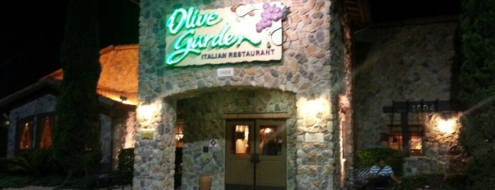 Olive Garden is one of Orte, die M. gefallen.