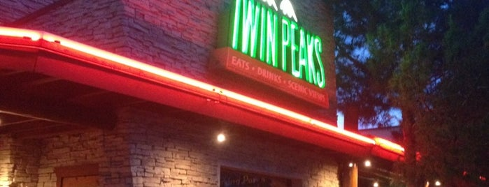 Twin Peaks Restaurant is one of B-restaraunt Chains.