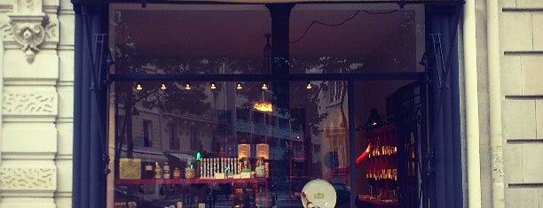 Avenue Rapp is one of Paris.