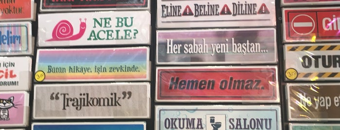 Liman - Küçük Sürprizler Dükkanı is one of Posti salvati di Aslı.