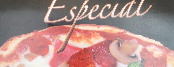 Jessie's House Pizza is one of สถานที่ที่ Y ถูกใจ.