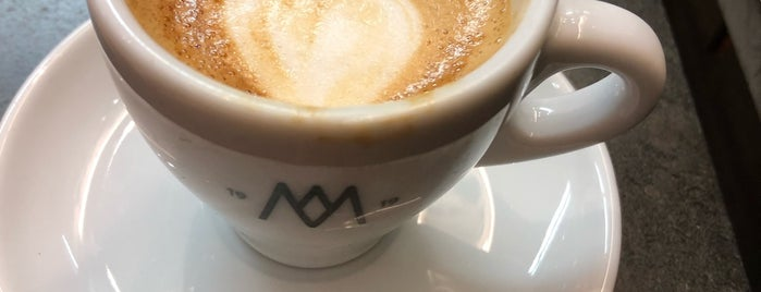 Cafés El Magnífico is one of Polly 님이 좋아한 장소.