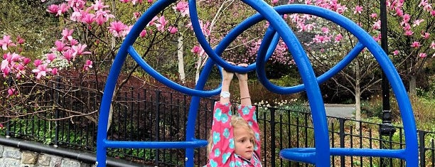 Morningside Park - 116th St Playground is one of Lugares favoritos de Nadine.