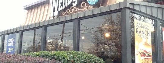 Wendy's is one of Tempat yang Disukai Todd.