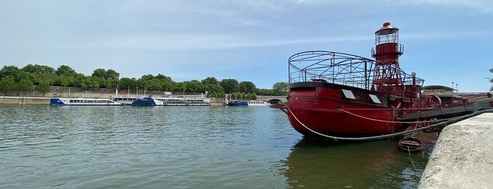 Bords de Seine des Quais François Mauriac is one of Went Before 5.0.