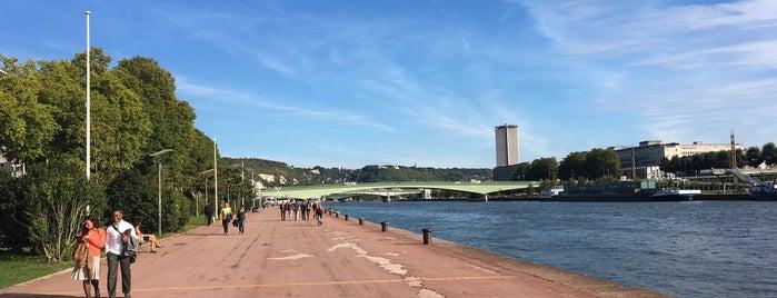 Quais De Seine is one of Tempat yang Disukai Marc.