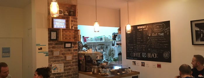 Café CC is one of Tempat yang Disukai Marc.