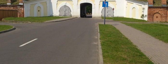 Северные ворота is one of Locais salvos de Bengi.