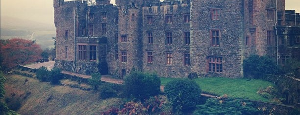 Muncaster Castle is one of Carl 님이 좋아한 장소.