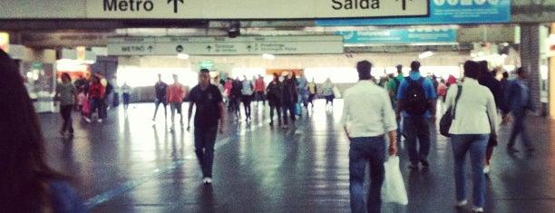 Estação Brás (Metrô) is one of São Paulo ABC, Bares/Cafés, Restaurantes Shoppings.
