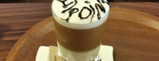 Endpoint Cafe & Restaurant is one of Orte, die MLTMSLMZ gefallen.