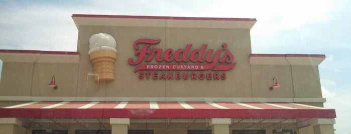 Freddy's Frozen Custard & Steakburgers is one of Raulさんのお気に入りスポット.