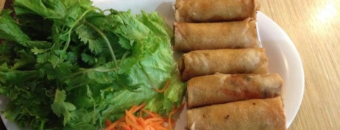 b10 Vietnamese Cafe is one of Gespeicherte Orte von Henry.