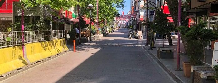 küçükbakkalköy prestij caddesi is one of Tempat yang Disimpan Sibel.