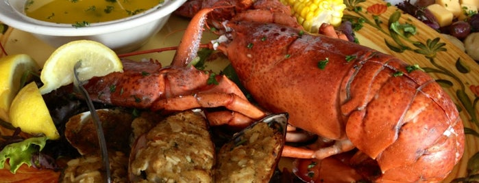 City Island Lobster House is one of Seafood Sensations ⚓️.