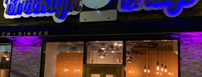Brooklyn Bridge Bistro And Winebar is one of Brian 님이 좋아한 장소.