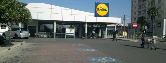 Lidl is one of Lugares favoritos de Bego.