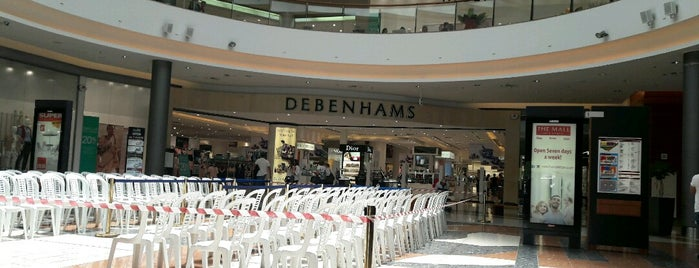 Debenhams is one of Posti che sono piaciuti a Bego.