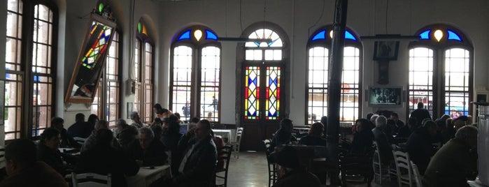 Taş Kahve is one of Cafe.