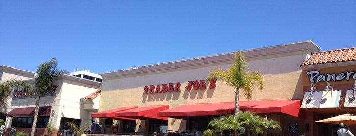 Trader Joe's is one of สถานที่ที่ Marteeno ถูกใจ.