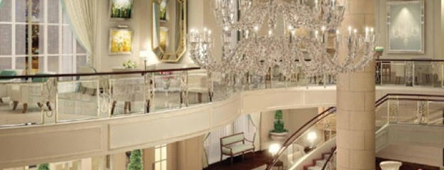 The St. Regis Atlanta is one of Locais salvos de Queen.