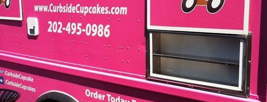 Curbside Cupcakes is one of Washington DC Food Trucks.