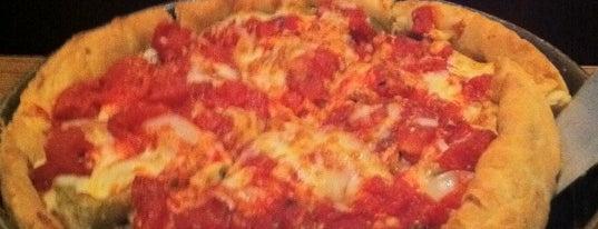 Uno Pizzeria & Grill is one of Orte, die Matt gefallen.